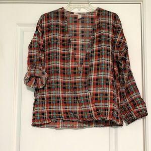 Plaid low v cut blouse